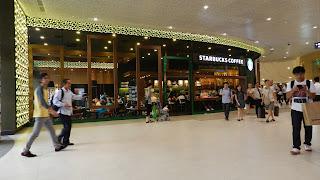 Starbucks Coffee Plaza Singapura
