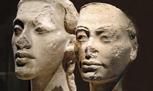 Tại sao nhiều tượng Ai Cập cổ đại bị mất mũi