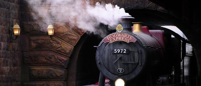 Os apaixonados pelo mundo de Harry Potter: Novo livro será lançado no meio do ano