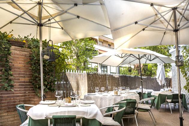 Terraza restaurante donde marian