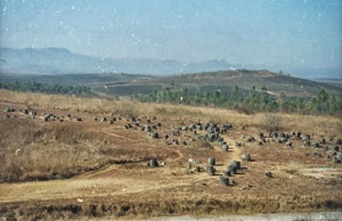 Llanura de las Jarras Gigantes Laos