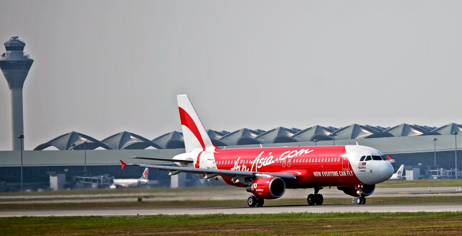 Pesawat AirAsia Dari Surabaya ke Singapura Hilang Pagi ...