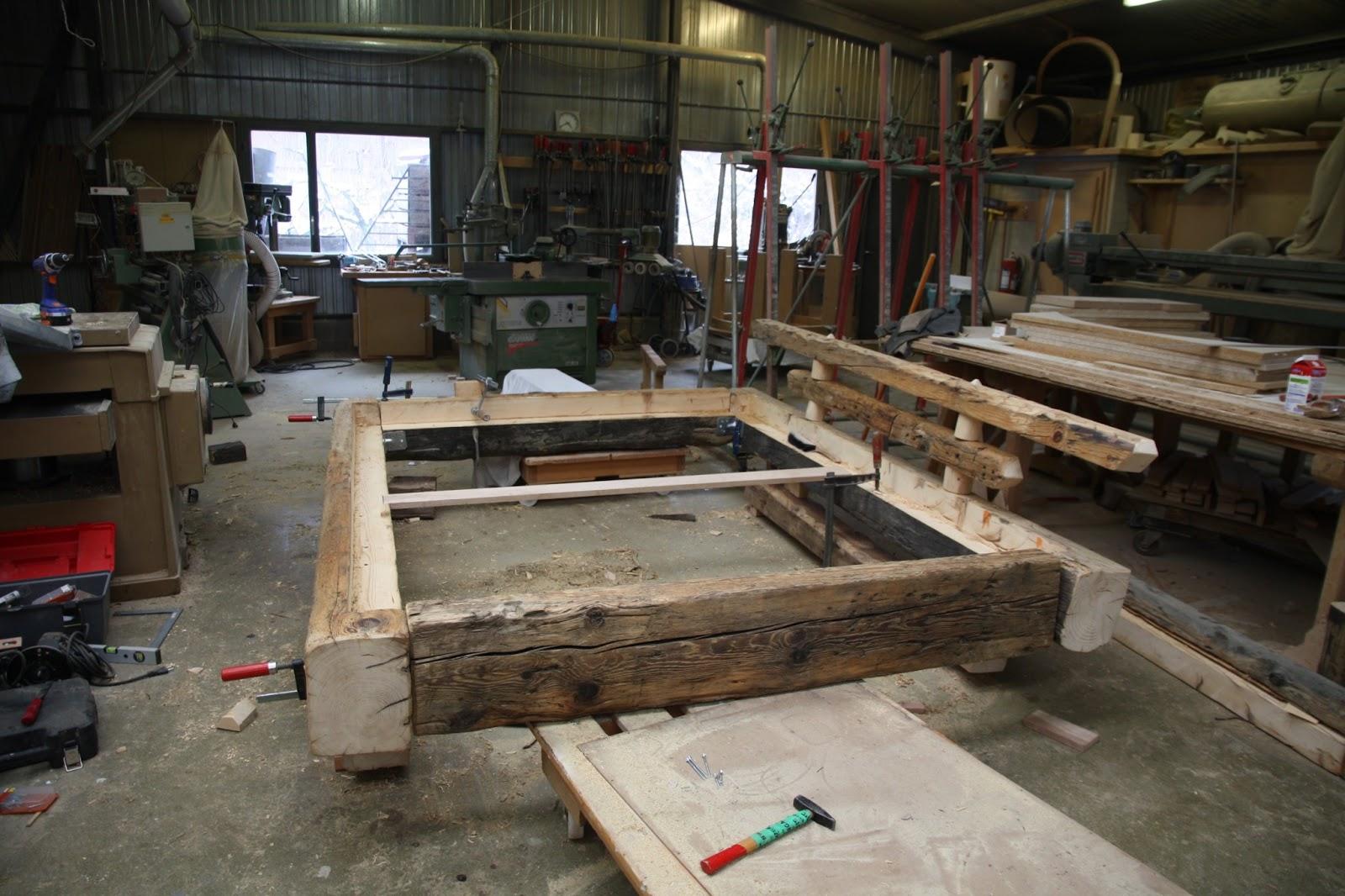 fabrication de lits sur mesure atelier du bois. Black Bedroom Furniture Sets. Home Design Ideas