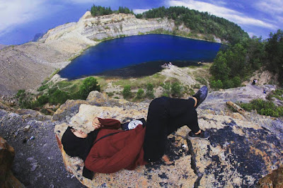 danau biru sawahlunto