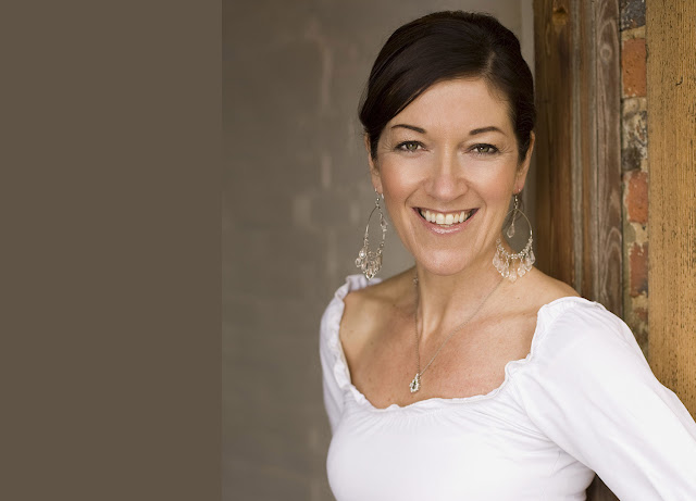 Πρέβεζα: Από την Σπιναλόγκα στην Πρέβεζα η μεγάλη Βρετανίδα συγγραφέας Victoria Hislop
