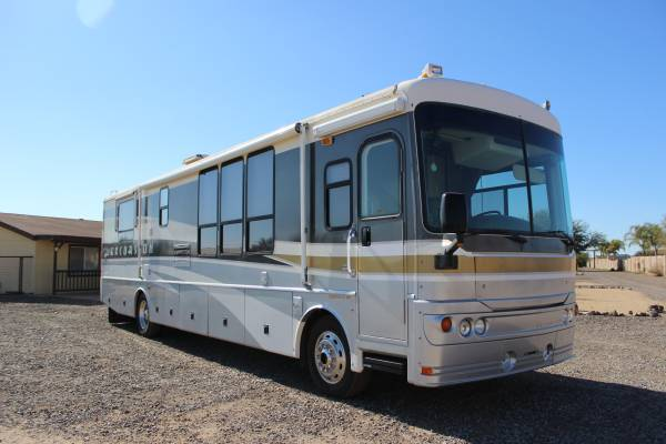 2003 Fleetwood Excursion For Sale