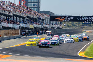 MOOG-NASCAR