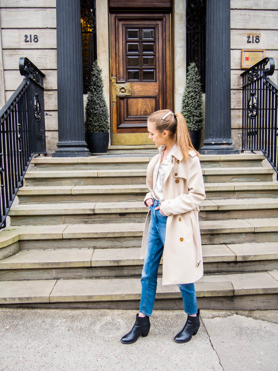 how-to-style-jeans-and-nice-top-spring-2019-fashion-blogger