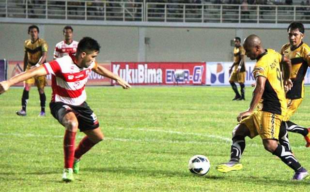 Mitra Kukar vs Madura United