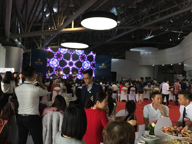 Lễ mở bán Mon Bay Hạ Long