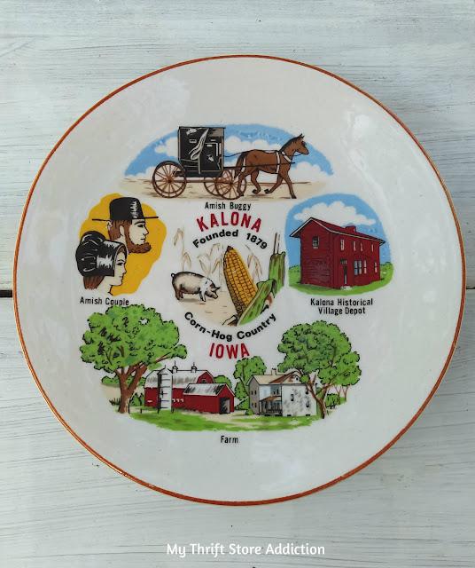 vintage Iowa state souvenir plate