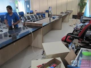 Front Desk Kantor Bahan Multiplek HPL - Furniture Semarang