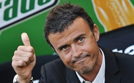 لويس إنريكى المدير الفنى لبرشلونة يشيد بأداء ليونيل ميسى