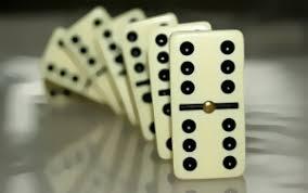 5 Keuntungan Jika Bermain Game Kartu Domino