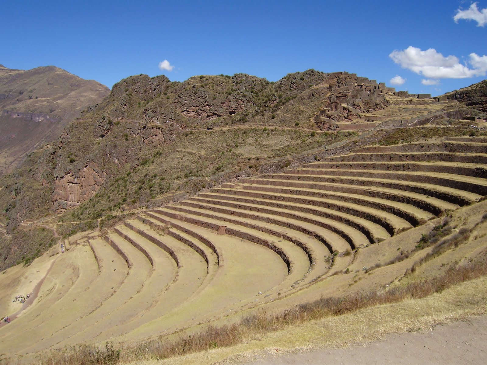 Historia Y Presente De Madrid Al Cuzco 1672 73 El Obispo