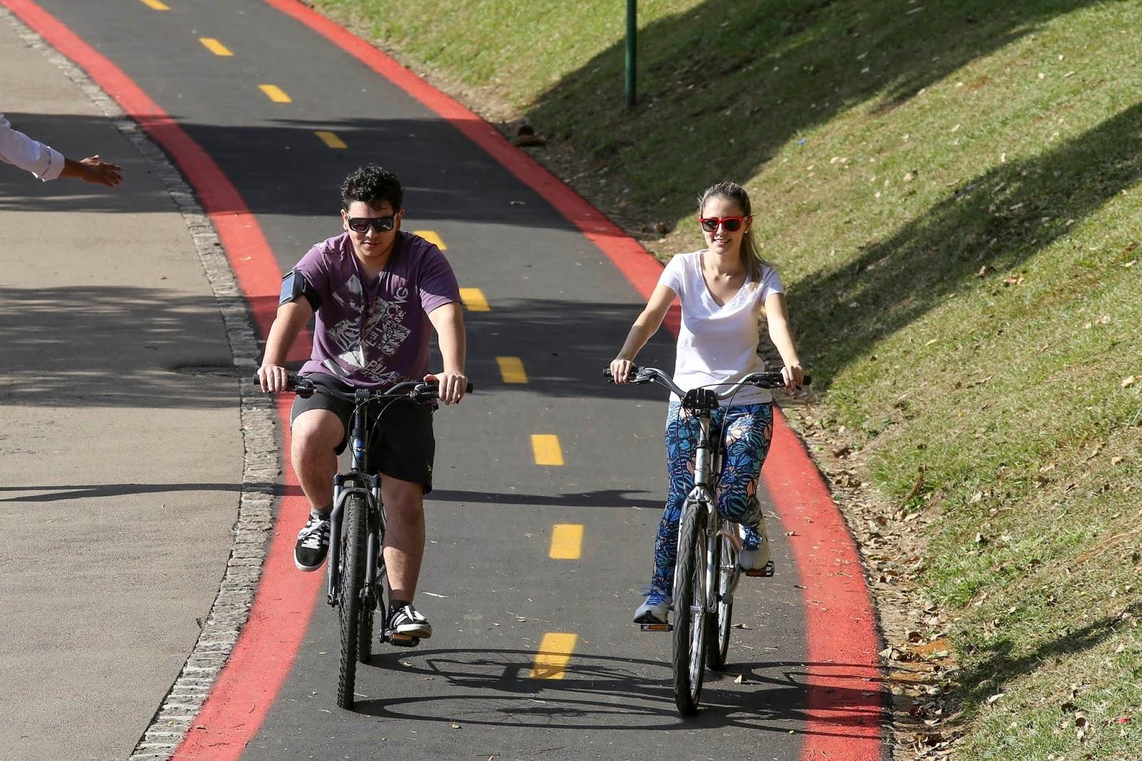 Quatro roteiros para turistas conhecerem Curitiba em bicicleta