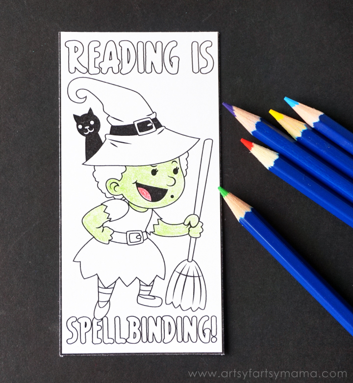 Free Printable Halloween Bookmarks for kids to color at artsyfartsymama.com