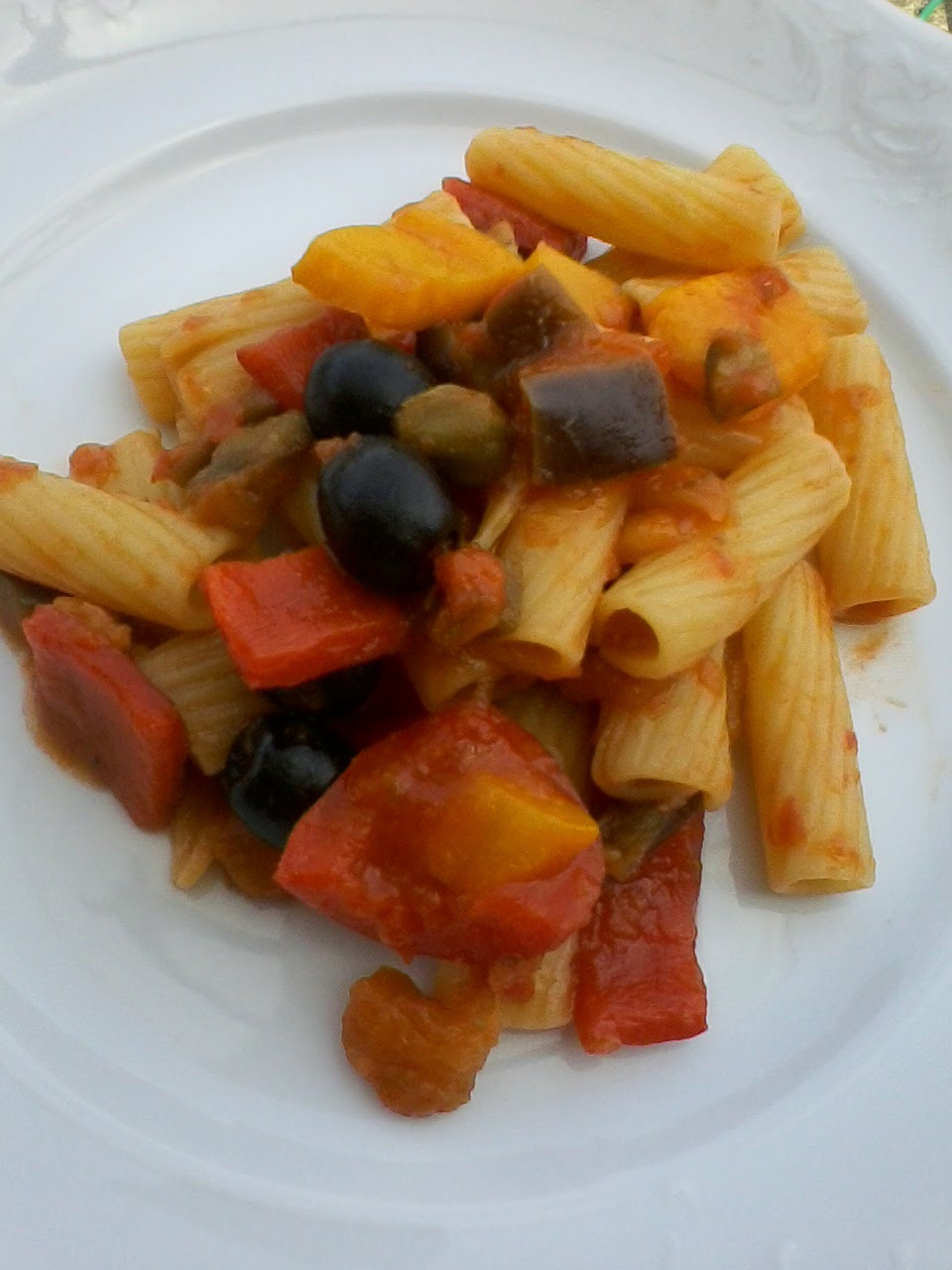 Cucina casalinga per imbranati tortiglioni alla siciliana - Cucina casalinga per cani dosi ...
