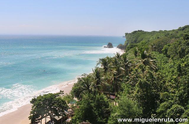 Playa-natural-Bali