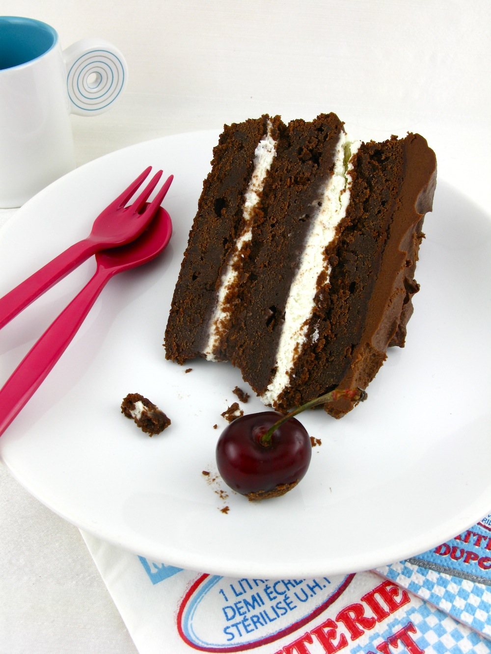 Chocolate Cake With Chocolate Truffle Middle And Top