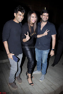 Badrinath Ki Dulhania Success Party by Varun Dhawan 066.JPG