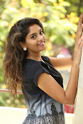 Karuna photos in jeans-thumbnail-9