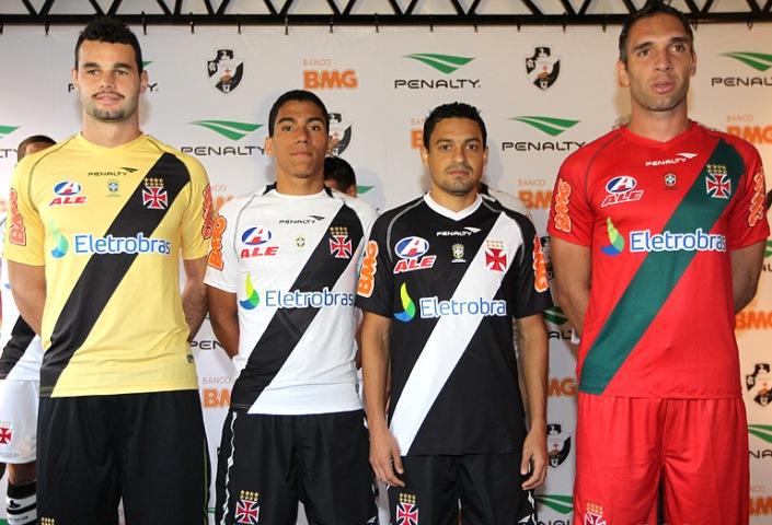 Camisaria Futebol Clube  Novas camisas do Vasco (2011) 256aac73a4f78