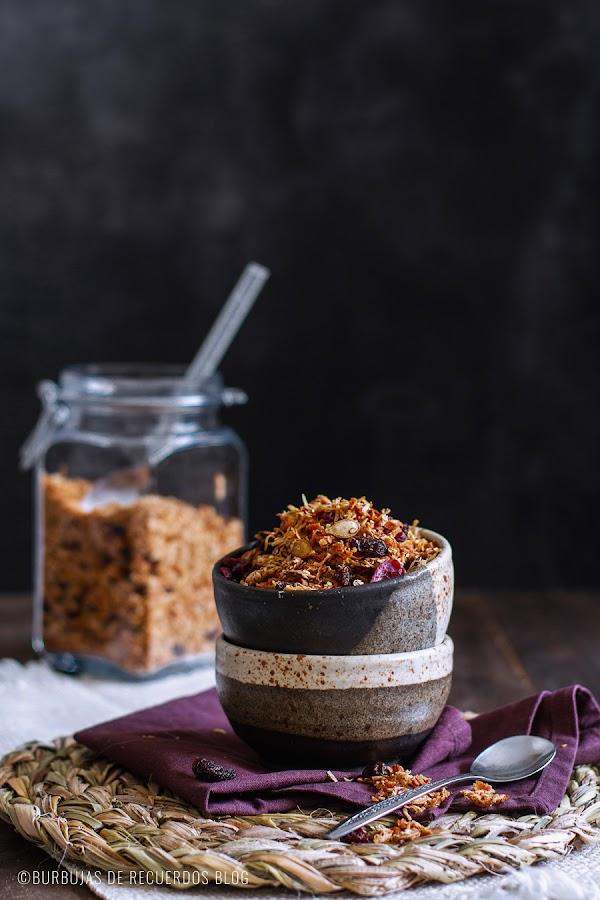 Granola saludable en tiempos de crisis #2: con batata, coco, semillas y frutas secas