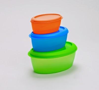 Plastikdosen zur Vorratshaltung