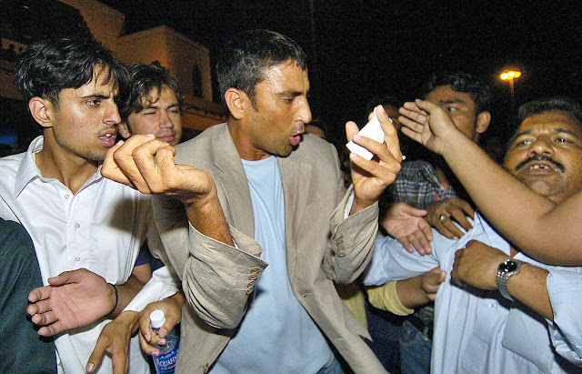Younis Khan controversy