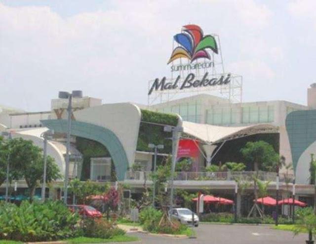 Take off tired at Summarecon Mall Bekasi