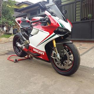 BURSA MOGE BEKAS JOGJA : Forsale Ducati Panigale Tricolore with SC project