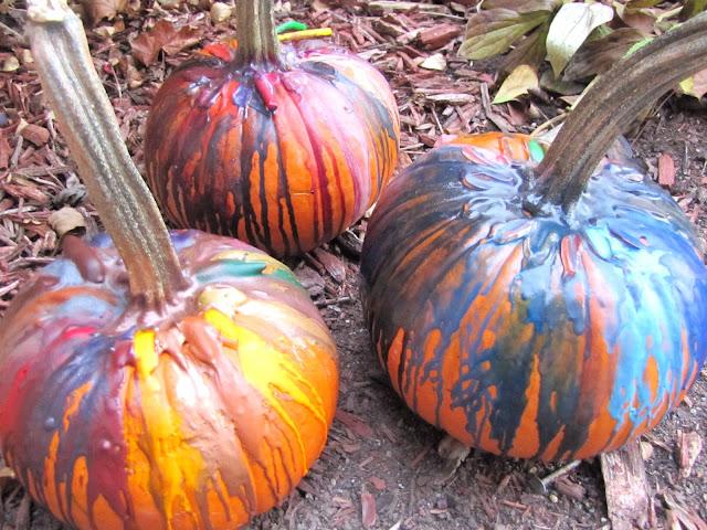 cool pumpkin decorating idea for kids