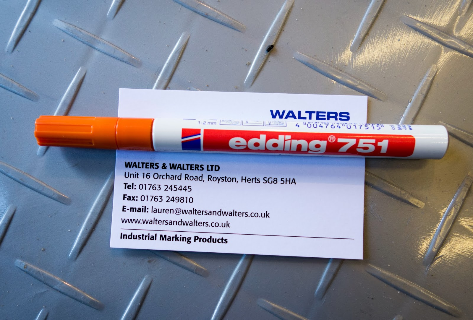 I ordered myself this paint marker (the same orange as the stripe) to mark the torqued bolts and nuts.  They come in loads of colours, and are available from http://www.waltersandwalters.co.uk