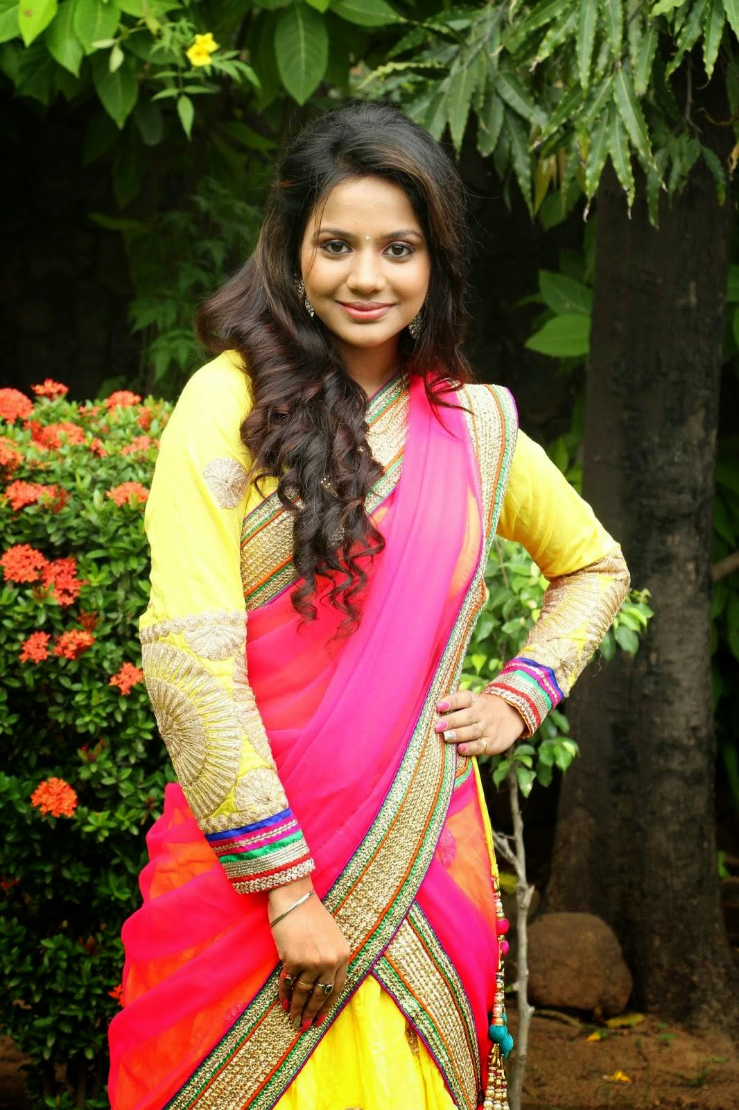 Actress Aishwarya Dutta Latest Cute Hot Exclusive Saree -2955