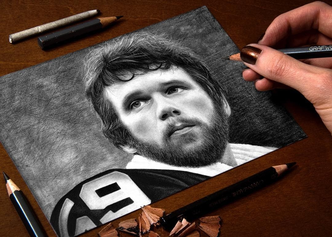 14-Jack-Ham-Pittsburgh-Steelers-Heather-Rooney-Photorealistic-Colored-Pencil-Drawing-Portraits-www-designstack-co