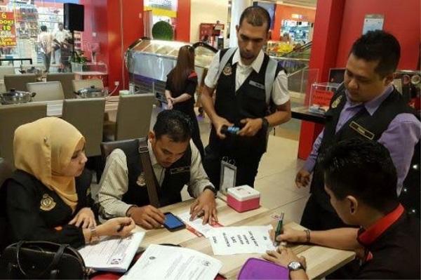 Restoran Stimbot di Damansara kantoi kenakan caj perkhidmatan walaupun beroperasi secara layan diri