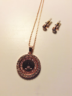 rose gold A necklace with earrings