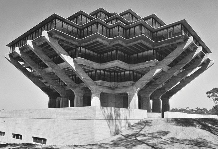 Poderosas fotografías en  blanco Y negro revela la belleza en los edificios brutalistas