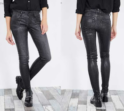 vaquero slim color negro brillante para mujer de Pepe Jeans