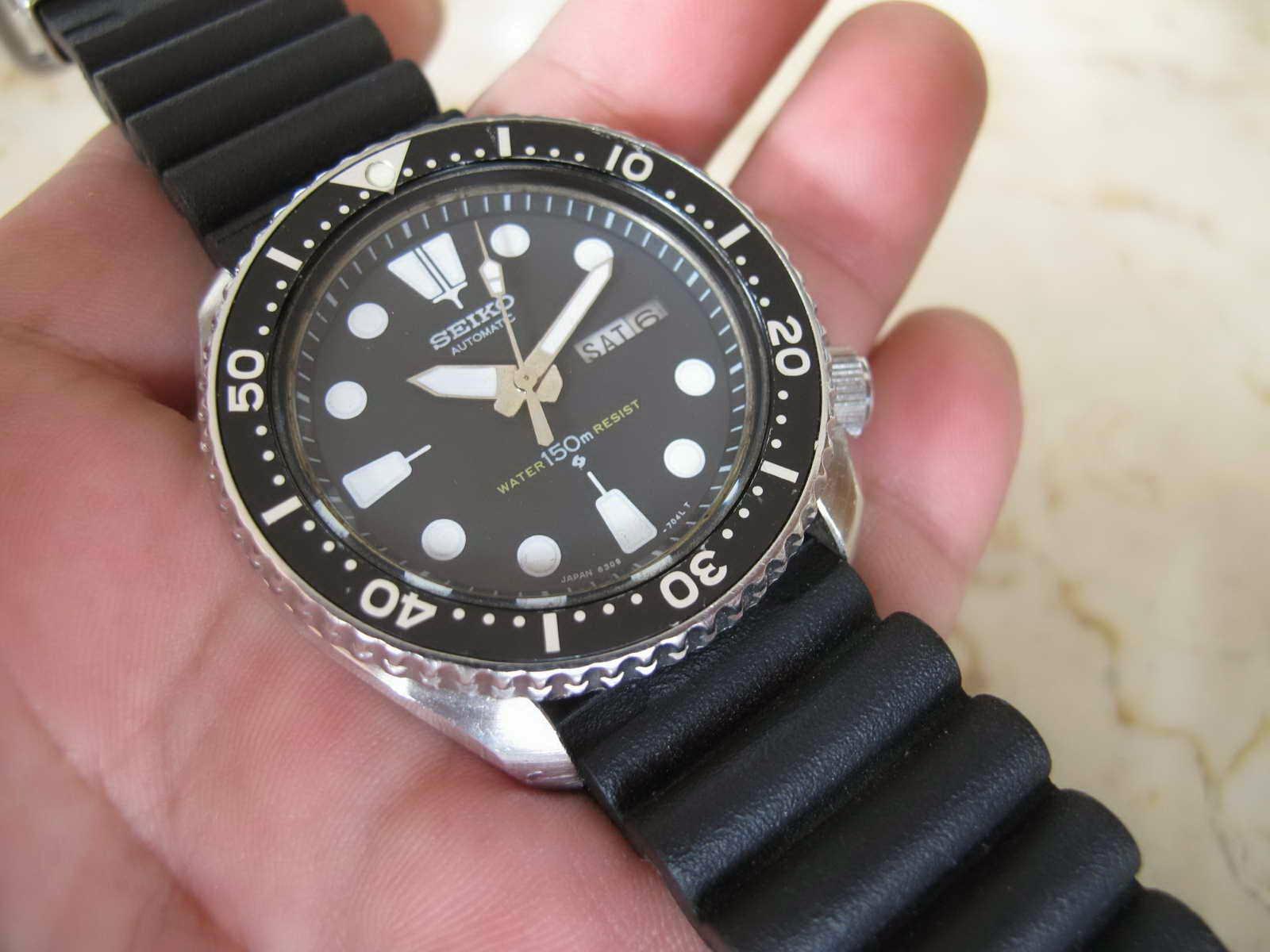 Cocok untuk Anda yang sedang mencari jam tangan model Sports Diver.. yang  tidak ada persamaan .   dua nya.... SEIKO DIVER 6309 7290 Modil Dial 6309  7040 ... cbfea8ed16