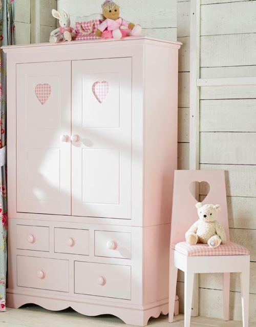 desain lemari pakaian anak perempuan warna feminim