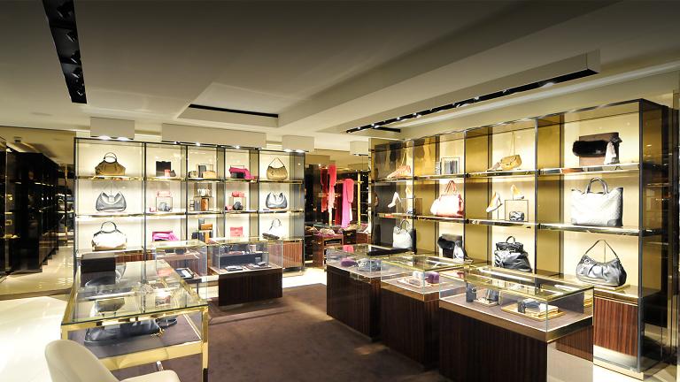 0a2c86e9a88 Endereços de lojas da Gucci em Miami e Orlando