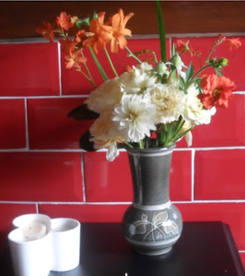 The Silverscrappers Craft Space In A Vase On Monday The Last Of