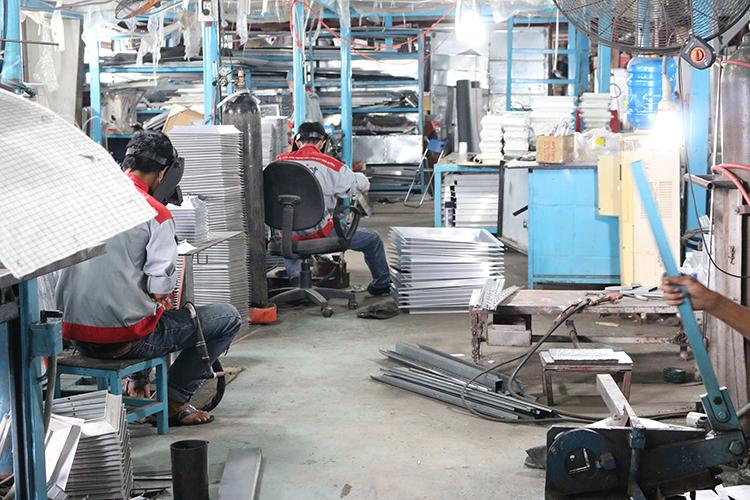 Khu vực sản xuất cửa gió, miệng gió và phụ kiện
