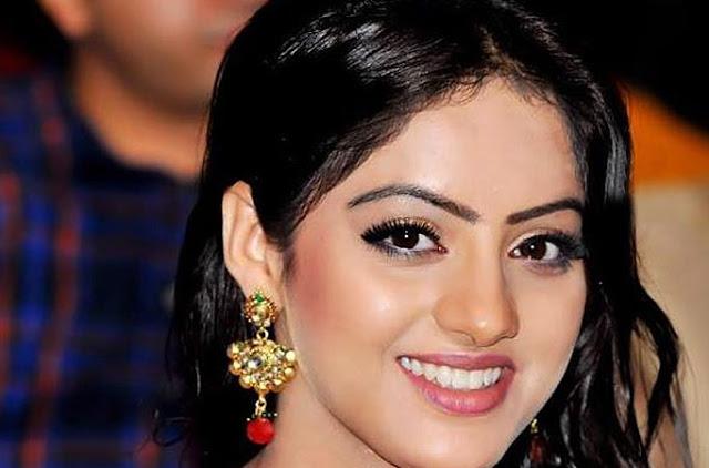 Tv actress wallpapers Deepika Singh