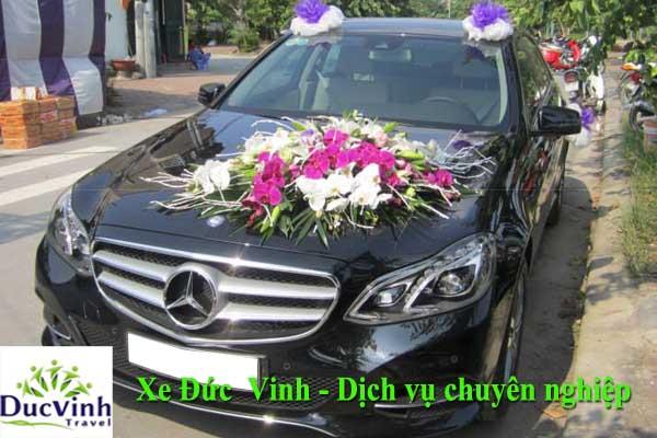 cho thuê xe cưới Mercedes E200 giá rẻ tại Hà Nội