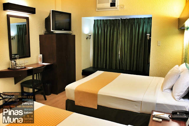 Microtel Cabanatuan Hotel Double Room