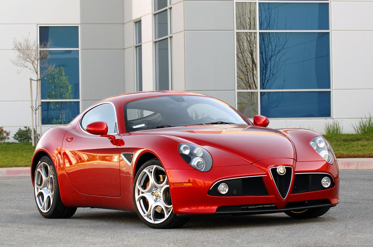new 2011 alfa romeo 8c popular automotive. Black Bedroom Furniture Sets. Home Design Ideas