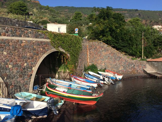 Gillian s lists four things to do on the island of salina for Salina sicily things to do